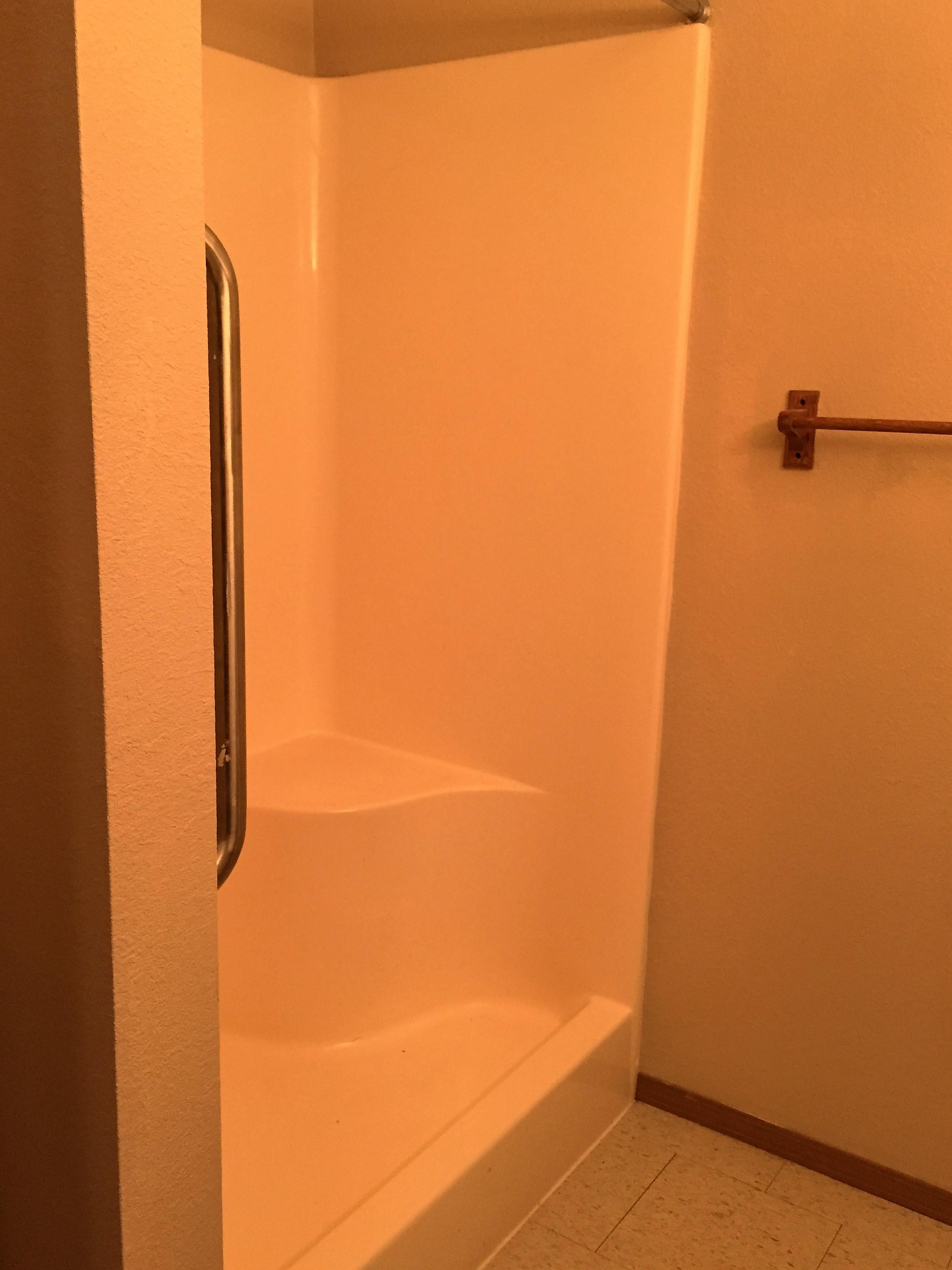 Bathroom - West Lake Apartments